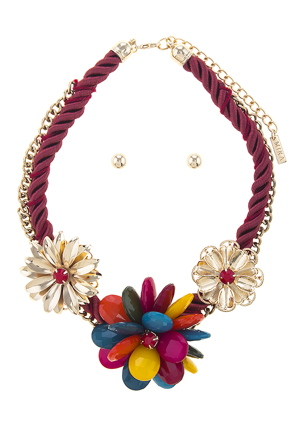 HNMS7799C3 MULTI CHAIN WRAPPED TRIO FLOWER STATEMENT NECKLACE SET