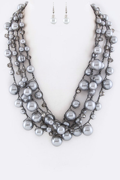 Pearls & Beads Layer Necklace Set