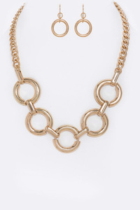 Linked Hoops Collar Necklace Set