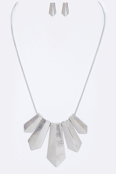 Matte Finish Iconic Bib Necklace Set