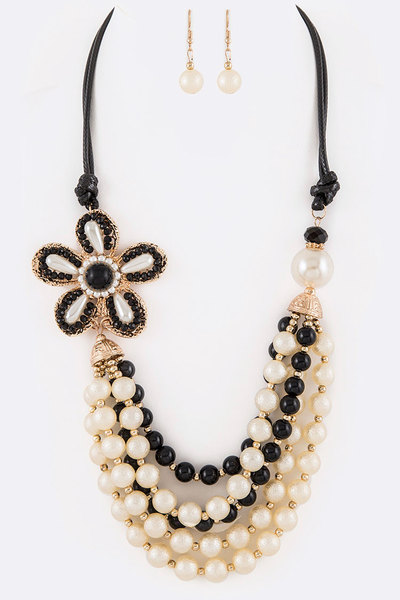 Beaded Flower Mix Layer Necklace Set