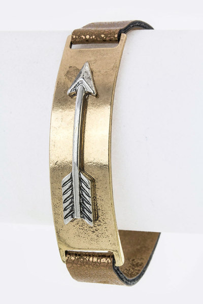 Metal Arrow Tag Leather Cuff