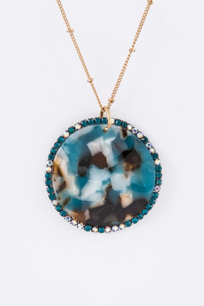 Crystal Frame Celluloid Pendant Necklace