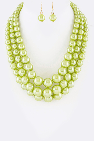 Layer Pearl Iconic Necklace Set
