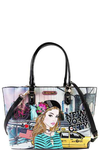 Nicole Lee Ivette Poses on NY Sunset Print Shopper