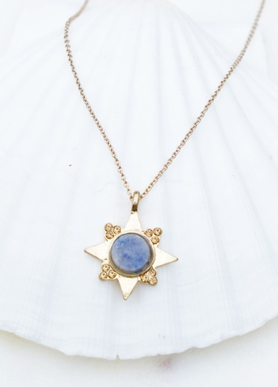 STAR PENDANT WITH RHINESTONE AND NATURAL STONE