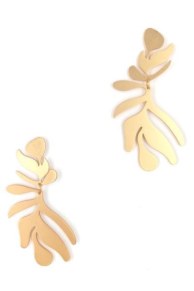 MATTE LEAF STYLE EARRINGS