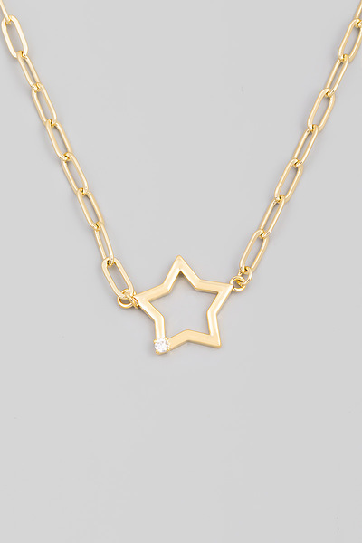 Chain Link Star Cutout Pendant Necklace