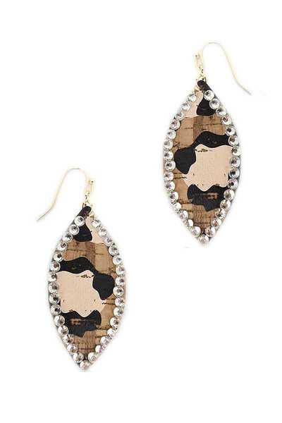 BOAT ANIMAL PRINT CORK EARRING