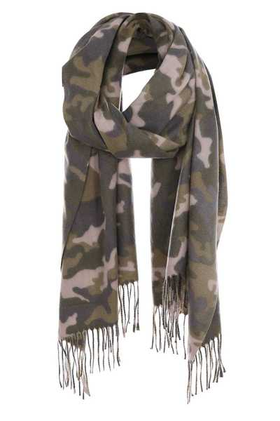 Camouflage print oblong winter scarf with fringes