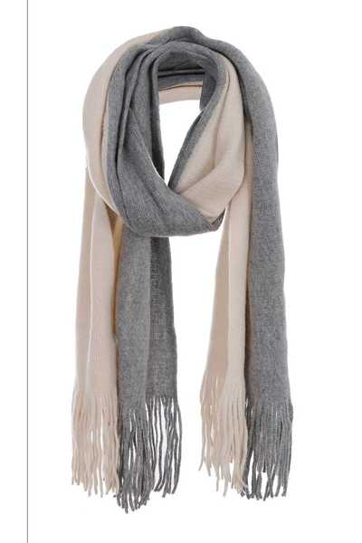 Two-tone colored knit scarf with fringes