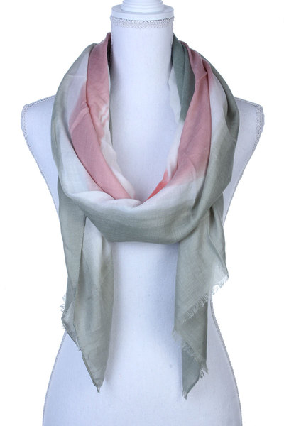 MULTI COLORED FRAY TRIM SCARF
