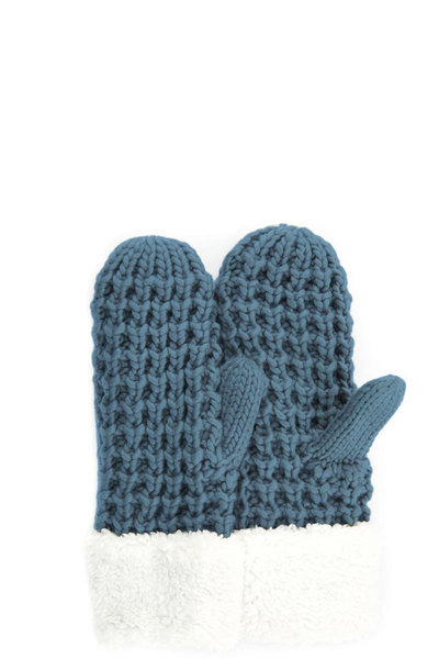 C.C CHUNKY KNIT SHERPA LINED MITTEN