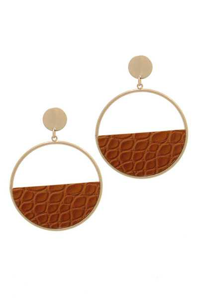 EMBOSSED ANIMAL PRINT METAL POST DROP EARRING