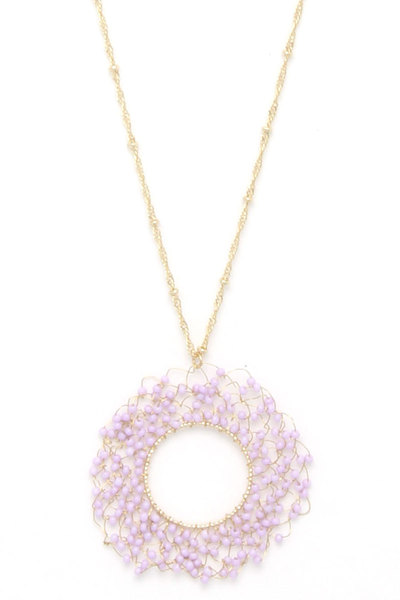 CUTOUT CIRCLE WIRED BEADED PENDANT NECKLACE