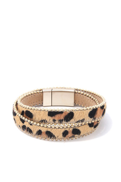 ANIMAL PRINT BEADED TRIM MAGNETIC BRACELET