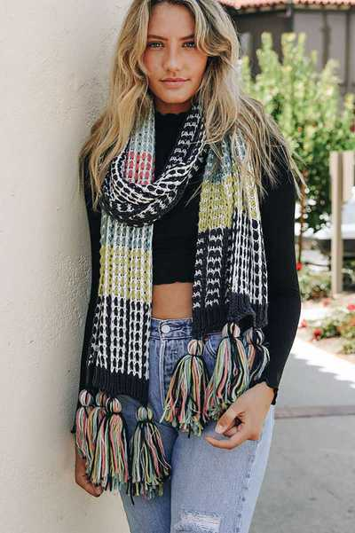 COLORBLOCK CONTRAST KNIT OVERSIZED SCARF