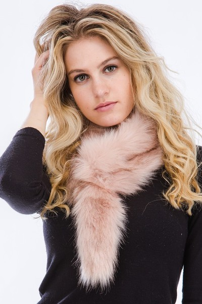 Tail Design Faux Fur Scarf
