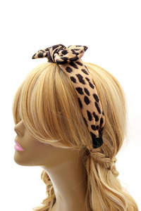 Felt-Suede Leopard Print Bow Accent Headband