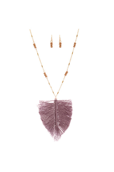 Thread Tassel Feather Wooden Bead 34 Necklace
