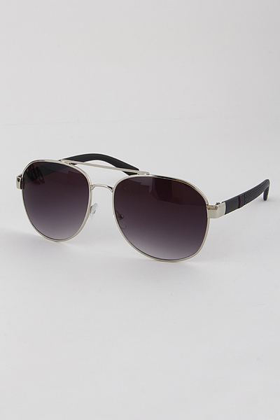 Classic Aviators with Thick Frame and Brace