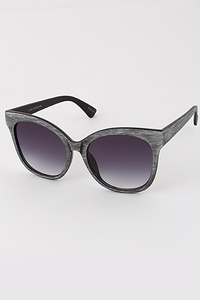 Thick Frame Fashionable Sunglasses