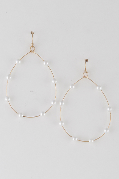 Pearls Along Water Drop Frame Earrings