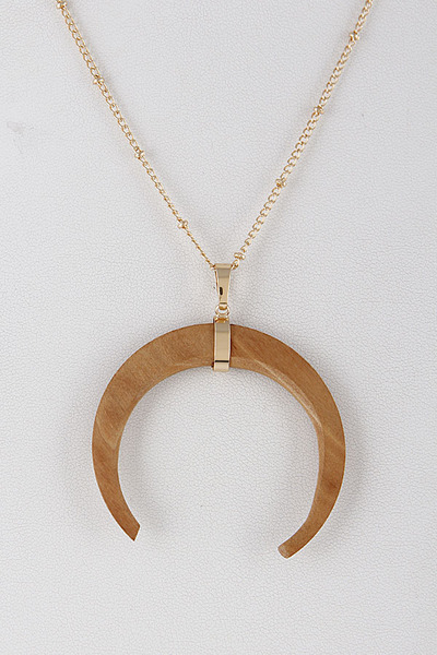 Natural Halfmoon Necklace