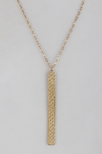Well Defined Processed Metal Necklace