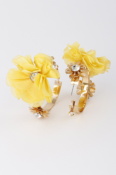 Flower Pedal Hoop Earrings