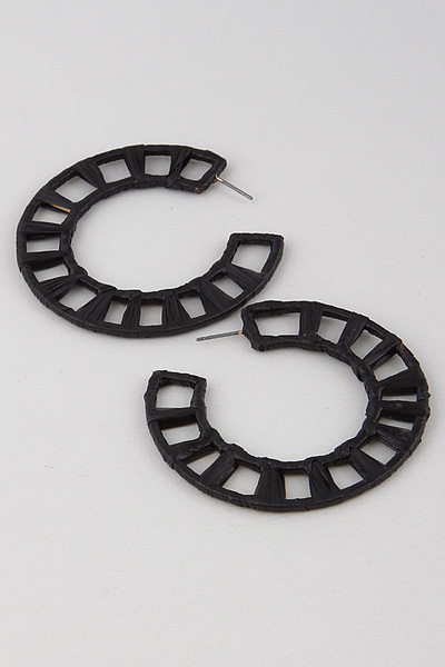 Spacing Hoop Earring
