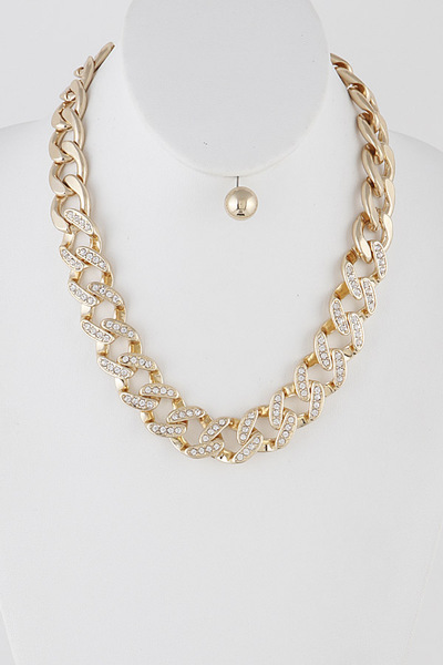 Wide Rhinestones on Chainlink Necklace