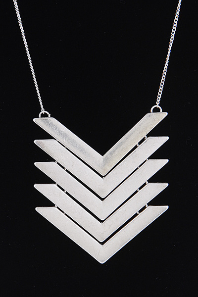 Linked Chevron Lines Necklace