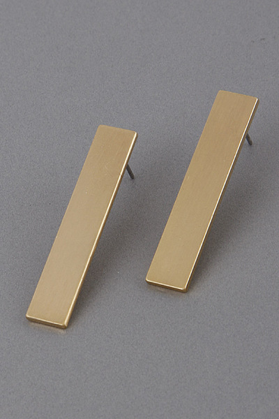 Bar Plate Stud Earrings