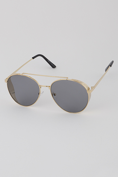 Detailed Gold Frame Aviator Sunglasses