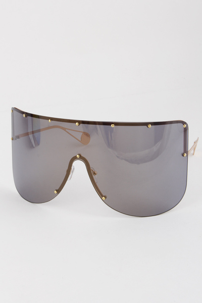 Studded Full Rimmed Sunglasses