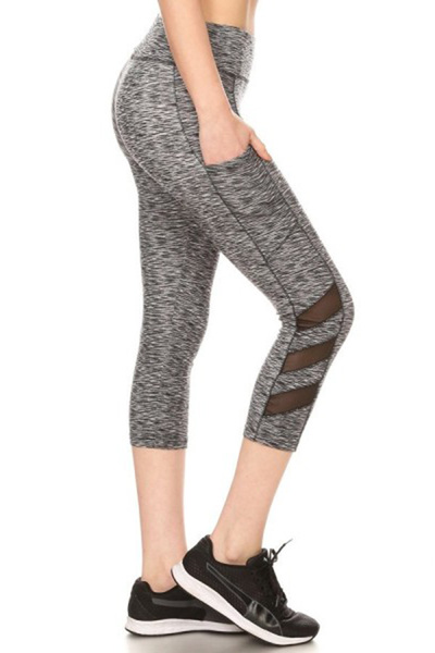 Sports Capri Leggings Side Pockets & Mesh Panels