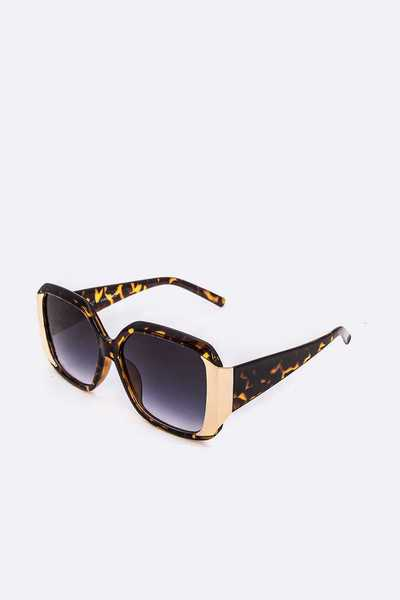 Gold Trim Iconic Oversize Sunglasses Set